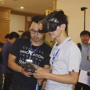 trai-nghiem-cong-nghe-VSMCamp 2017